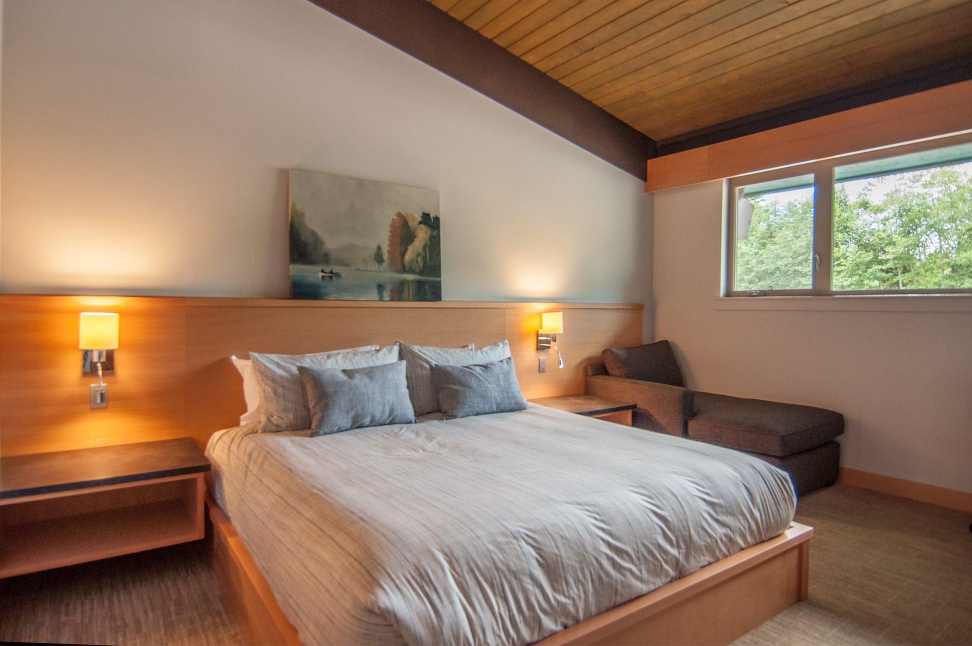 Salt Spring Island Hotel Room
