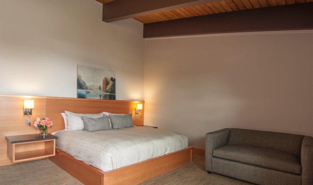 Salt Spring Island Deluxe Hotel Room